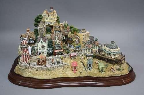 Lilliput Lane Collection